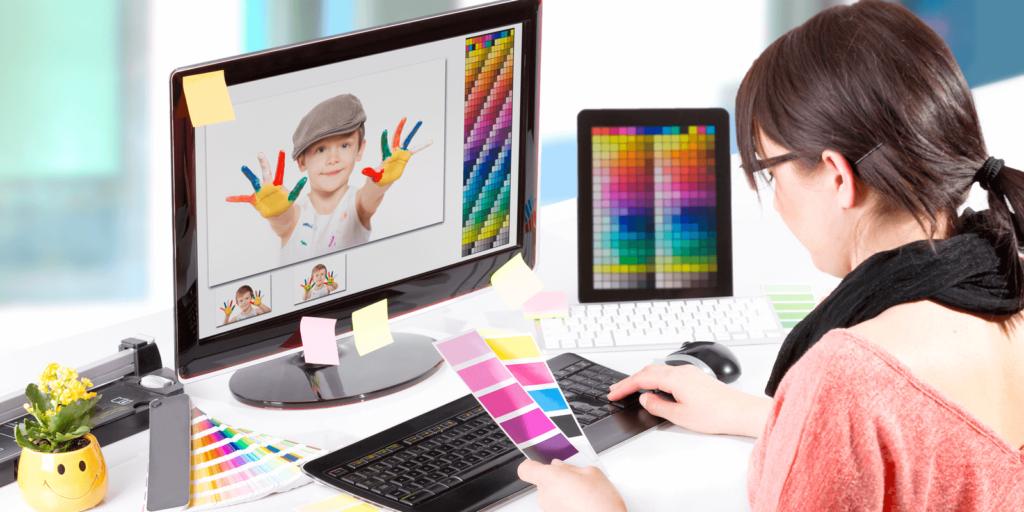 طراح بصری